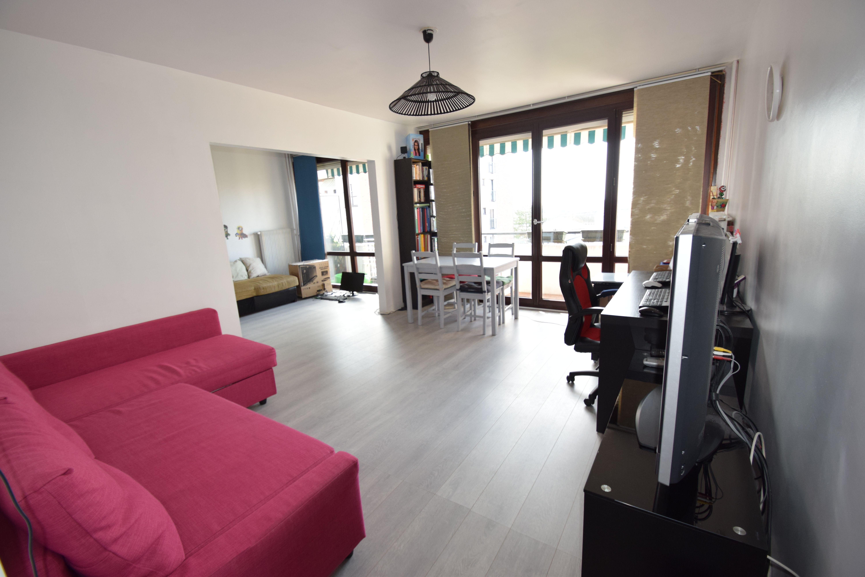 Appartement 4 pièces 75m² cave et parking Villiers sur Marne quartier Les Boutaraines