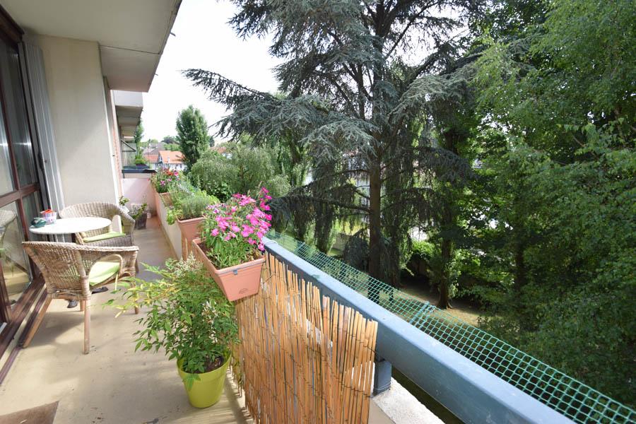 Appartement 3/4 pièces de 74m² Villiers/ marne Quartier les Ponceaux à 7 min du RER