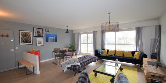 Appartement 4 pièces en excellent état à Le Plessis Trévise Balcon, cave, 2 parking