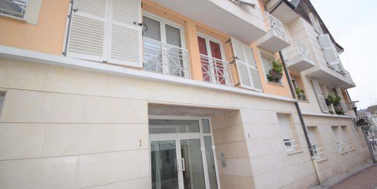 Appartement 2 pièces à Villiers sur Marne Hyper cente, loué 780 euros/ mois